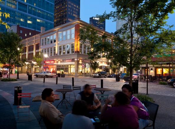 Market Square Place (Regional+Urban Design Honor Award 2012). FIRM: Strada, PHOTOGRAPHY: Dennis Marsico and J. Altdorfer Photography.