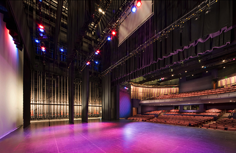 The two-story, 64,500 GSF facility includes a 486-seat proscenium theatre, 11,000 GSF of exhibit galleries, a flexible studio, a music café, and an education center.